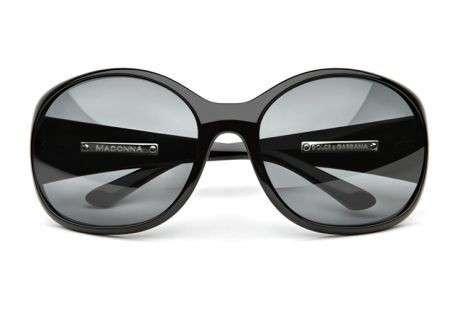 Occhiali da sole Dolce & Gabbana disegnati da Madonna