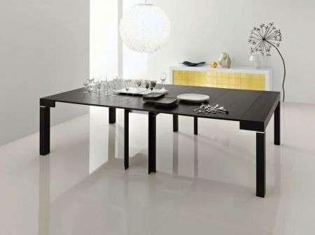 Arredamento: un tavolo trasformabile