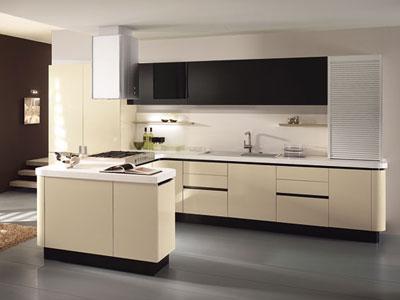 Pulizia: i mobili della cucina