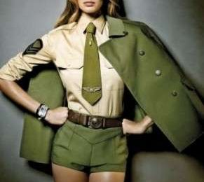Gisele Bunchen: Vogue Korea le impone l'uniforme