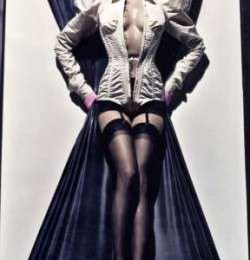 Alexander McQueen: anche Vogue Paris gli rende omaggio
