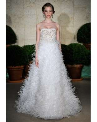 Abiti da sposa 2011: Oscar de la Renta
