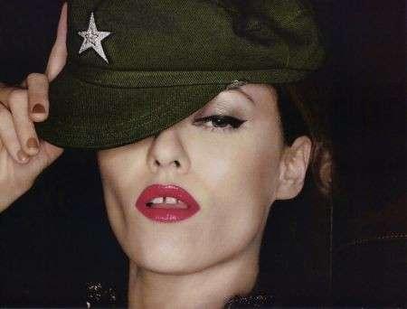 Vogue Paris: un maggio speciale con Vanessa Paradis