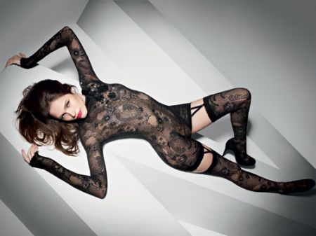 Wolford: 60 anni supersexy con il panta-body