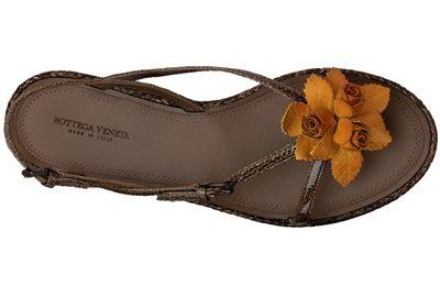 Scarpe Bottega Veneta, sandali con rose arancioni