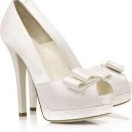 Scarpe Fendi, le pump da matrimonio