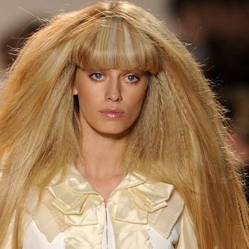 Piastra capelli, la linea BaByliss per il frisè
