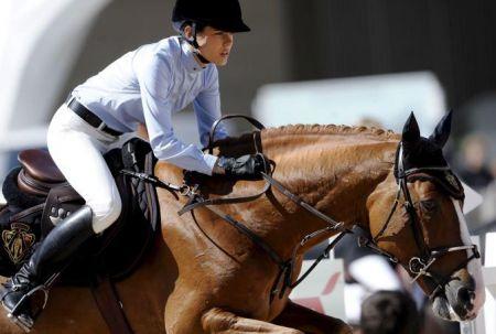 Gucci vestirà Charlotte Casiraghi per le gare a cavallo