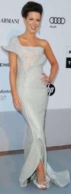 Festival di Cannes: Kate Beckinsale in Armani Privè e Sergio Rossi