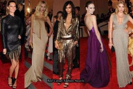 Modelle al Met Costume Institute Gala 2010