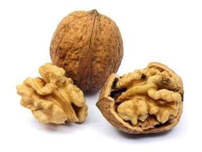 Colesterolo, più basso con 67 grammi al giorno di frutta secca