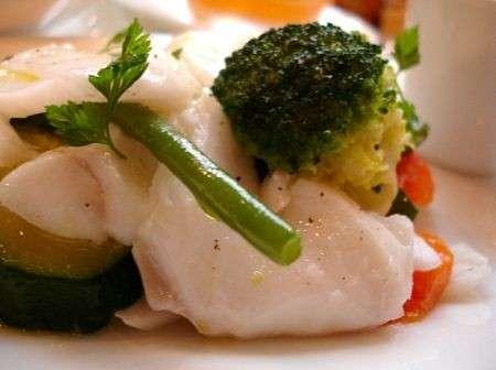 Ricette light: nasello con verdure