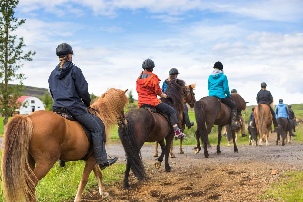 Vacanze relax: ritrova il benessere a cavallo con le amiche