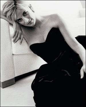 Lady Diana: all'asta i suoi abiti più celebri