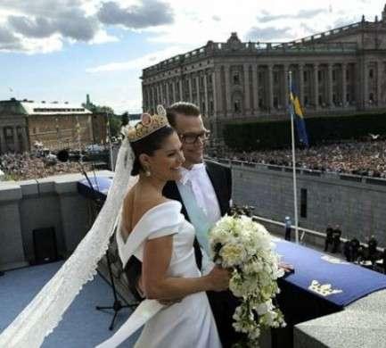 Matrimonio Victoria di Svezia: vestito da sposa e abiti delle invitate