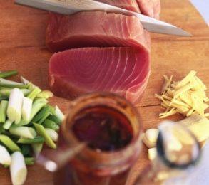 Ricette light: tagliata di tonno al pepe verde