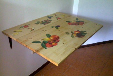 Rinnovate un vecchio tavolo con questo lavoro in decoupage