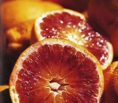 Dimagrire mangiando? Con le arance rosse si può!