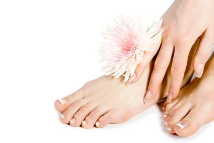 Mani e piedi: come averli sempre perfetti in estate