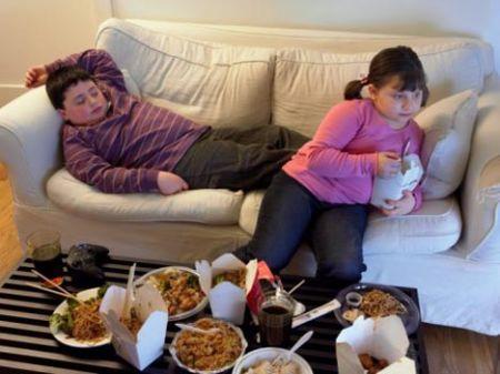 Il cibo spazzatura può causare iperattività