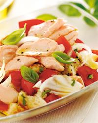 Ricette estive: panzanella al salmone