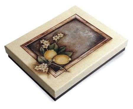 Decoupage: come realizzare una scatola trompe-l'oeil