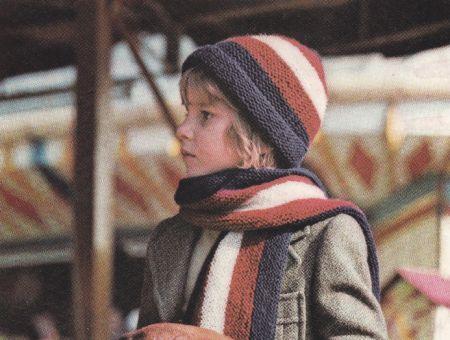 Lavori a maglia: sciarpa e cappello in stile inglese