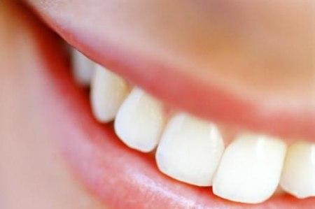Protesi dentale: al via i controlli gratuiti per un bel sorriso
