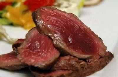 Colesterolo: meglio una bistecca degli hot dog