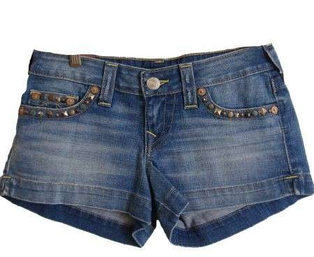 True Religion: gli shorts in denim delle celebrities