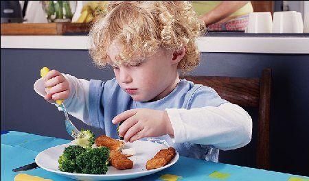 alimentazione dei bambini il pesce