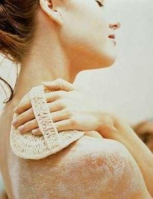 Scrub corpo per un'abbronzatura perfetta [FOTO]