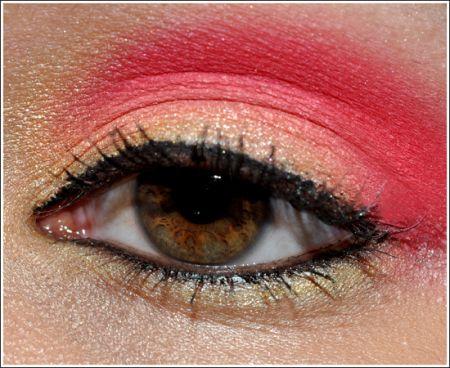 trucco occhi rosso corallo