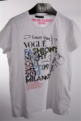 Vogue Fashion's Night Out: t-shirts per celebrare l'evento