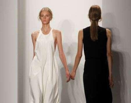 Calvin Klein primavera estate 2010 abiti bianco e nero