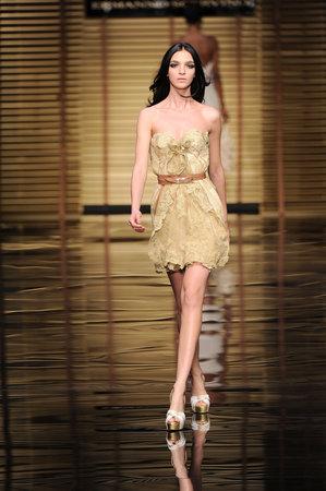 Ermanno Scervino: Moda Pour Femme alla sfilata