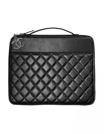 Accessori iPad fashion: case Chanel e Yves Saint Laurent