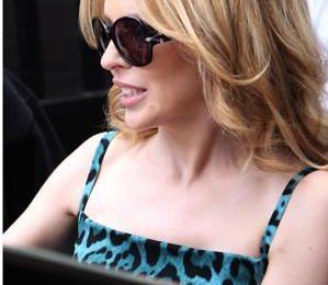Yves Saint Laurent, Kylie Minogue con occhiali YSL 6308/S