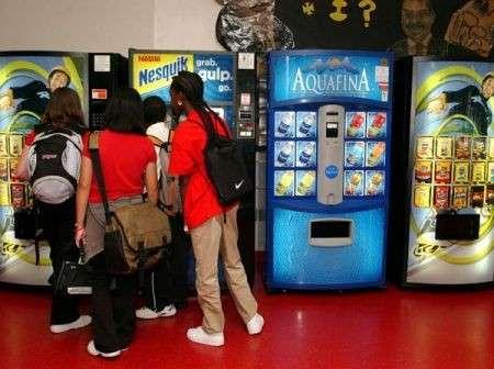 Alimentazione equilibrata: vietato far merenda ai distributori