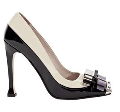 Miu Miu scarpe: Victoria Beckham sceglie le decolleté in vernice