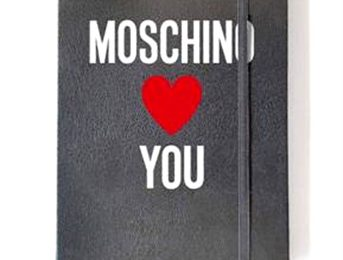 Vogue Fashion's Night Out: l'agendina griffata Moschino