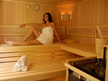 Trattamenti per il corpo: i benefici della sauna finlandese