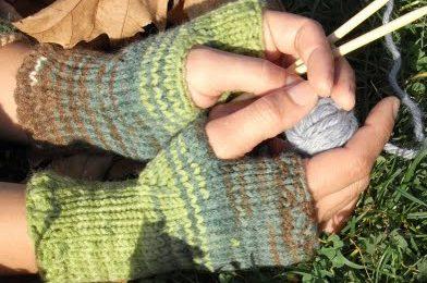 Schemi maglia: scaldamani autunnali