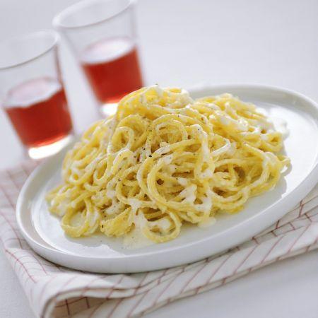 spaghetti burro parmigiano
