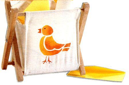 Impreziosisci un cestino portacarte con uno stencil colorato