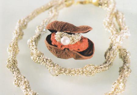 Gioielli fai da te: collana e anello in oro e perle