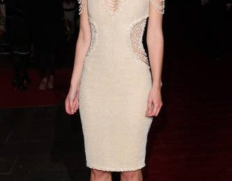"""Keira Knightley, Chanel Couture alla premiere di """"Never Let Me Go"""" a Londra"""
