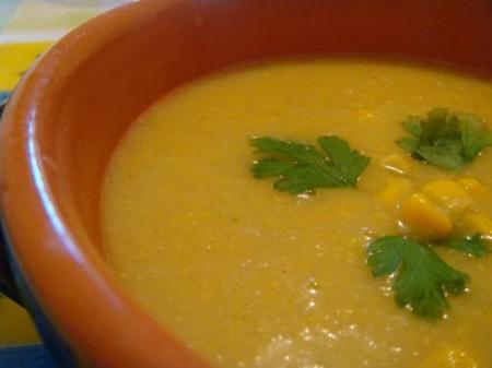 Ricette dietetiche: zuppa di pollo e mais