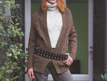 Lavori a maglia: un caldo cardigan autunnale