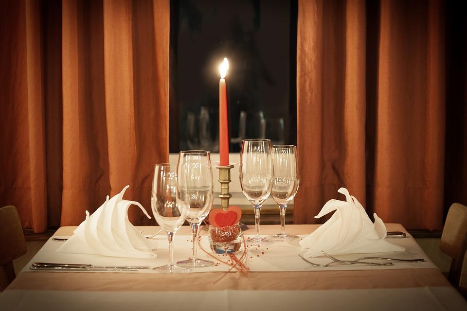 Cena romantica: menù e idee per una serata perfetta